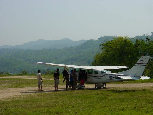 Aircraft on the end of Umphang Airstrip
