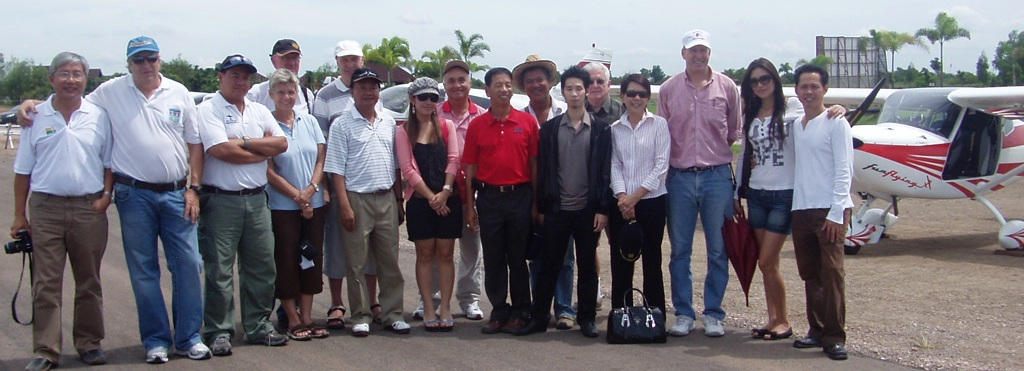 Khun Vutichai from the Thai DCA comes to welcome the 7 aircraft that flew into Best Ocean Airpark.